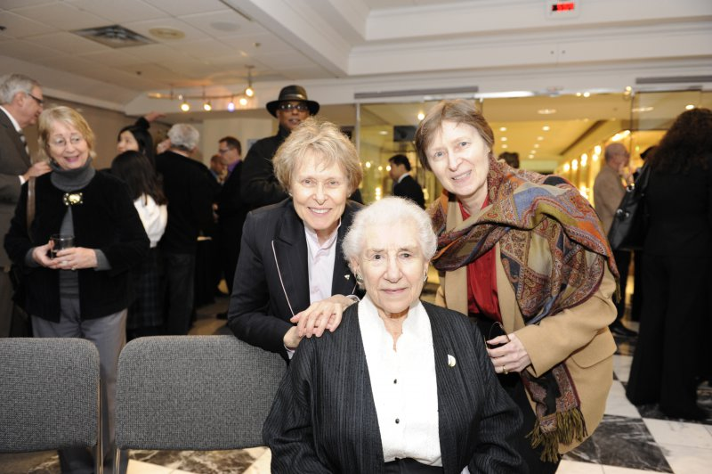 Dr Roberta Bondar with Eleanor Koldofsky and Barbara Bondar